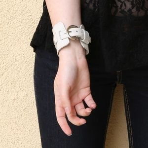 Accessories - Unisex White Leather Cuff Buckle Bracelet